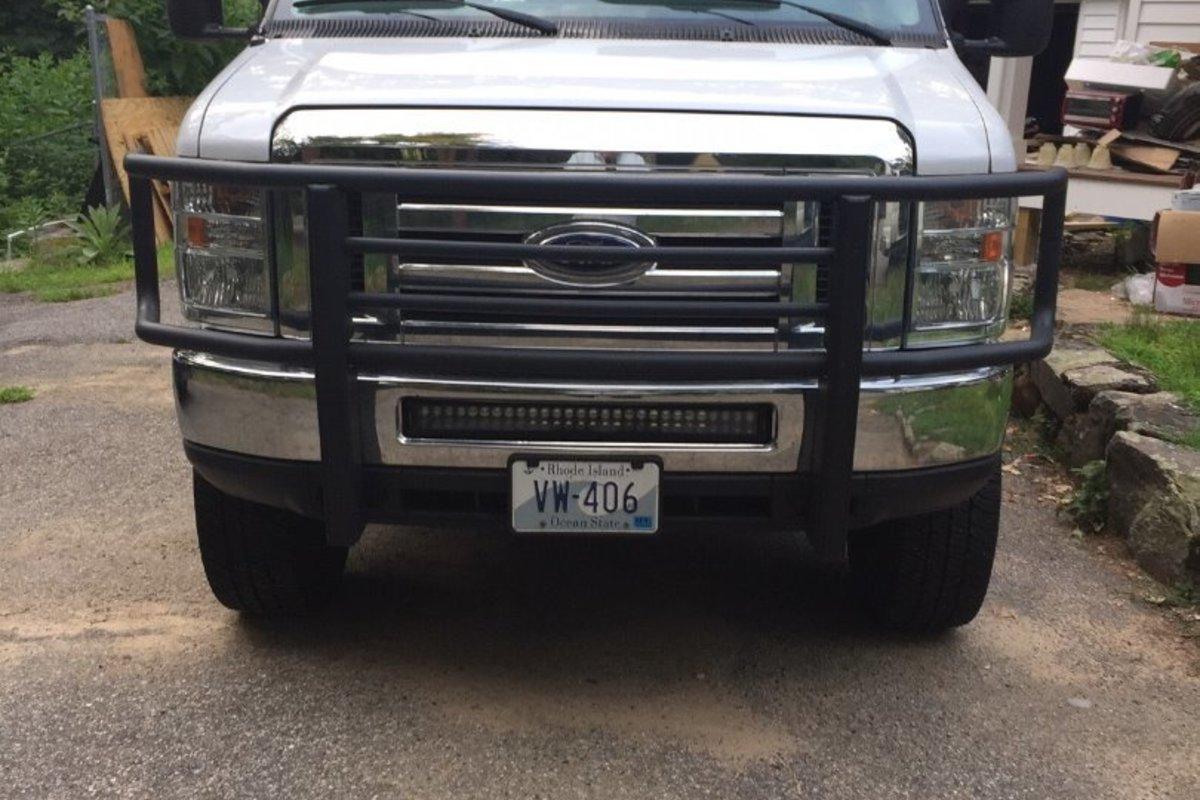 2014 Ford Econoline E350 XLT Wagon Quigley 4X4 2018, 1