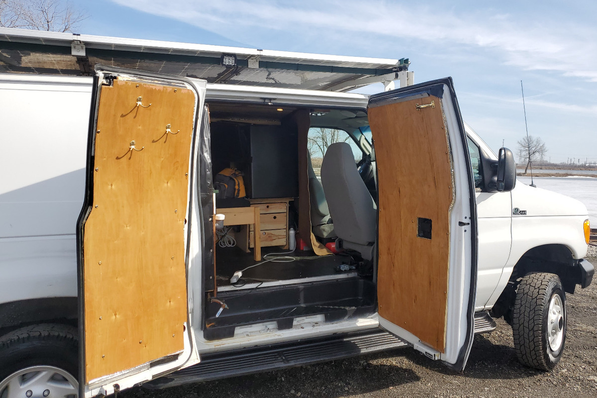 2007 Quigley 4x4 Ford E250 Stealth Camper Van Quigley 4x4 Ford E250  Stealth Camper Van, 8