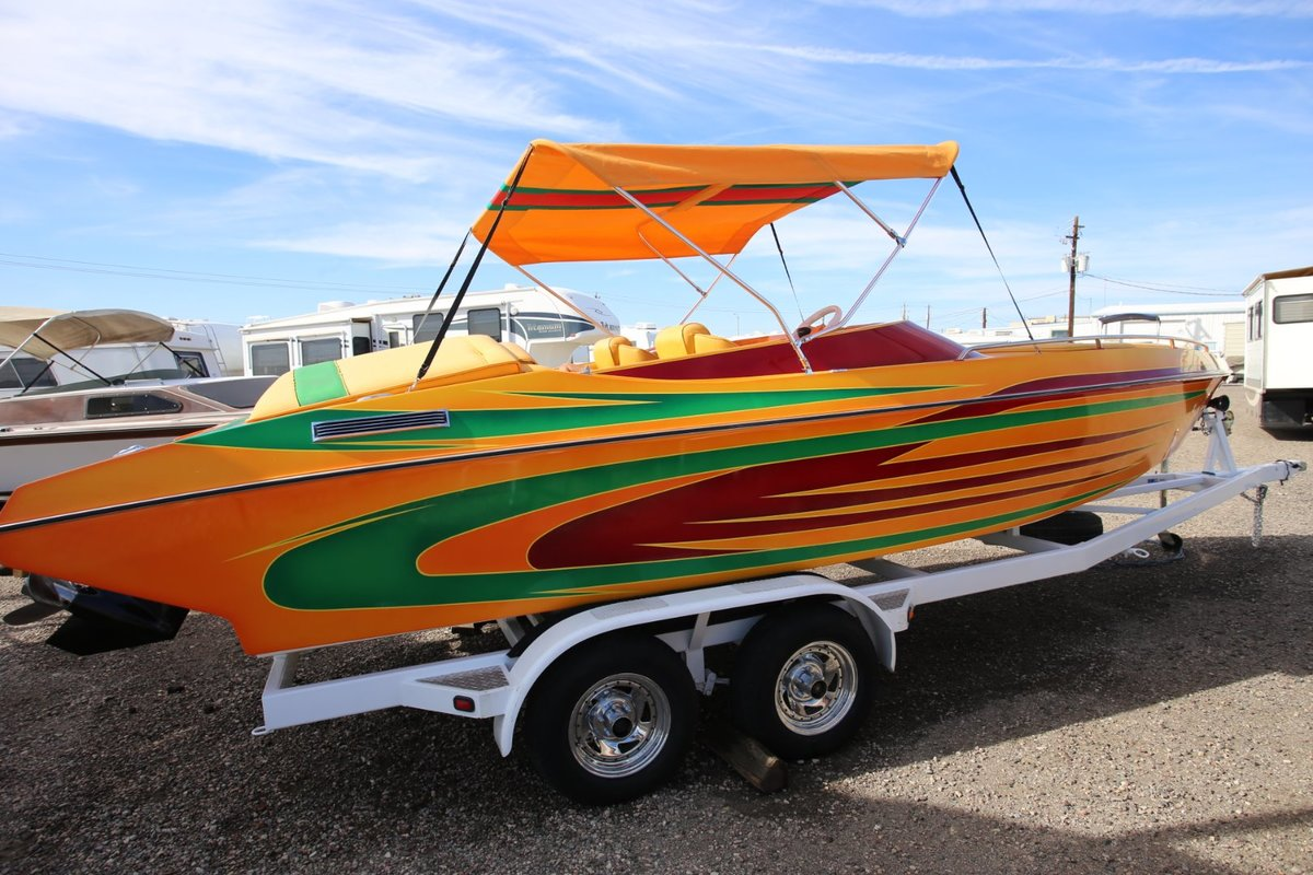 2006 Cheetah Boats Stiletto 24, 25