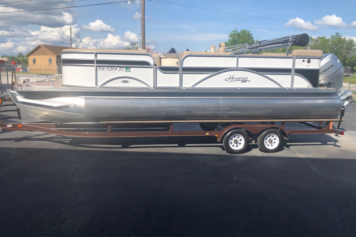 2016 Play Craft Hampton 2485 XLT tritoon, 0