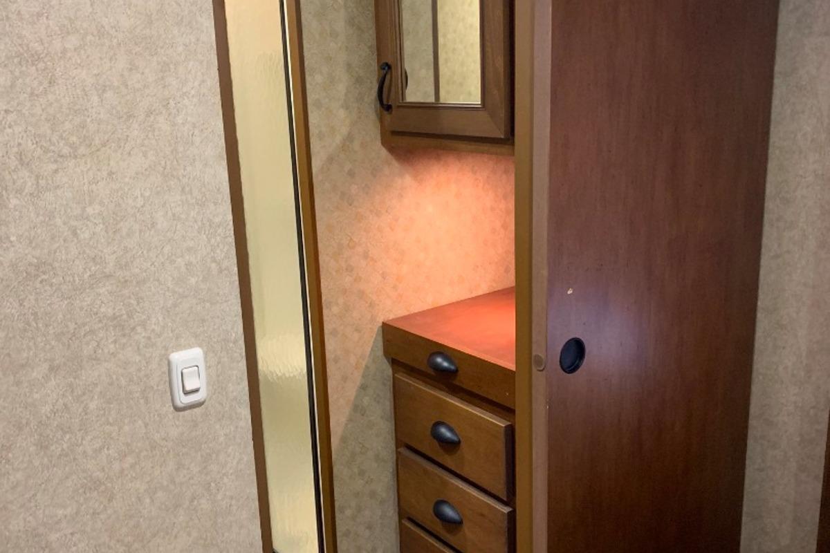 2014 Open Range 427BHS Bunk House, 9