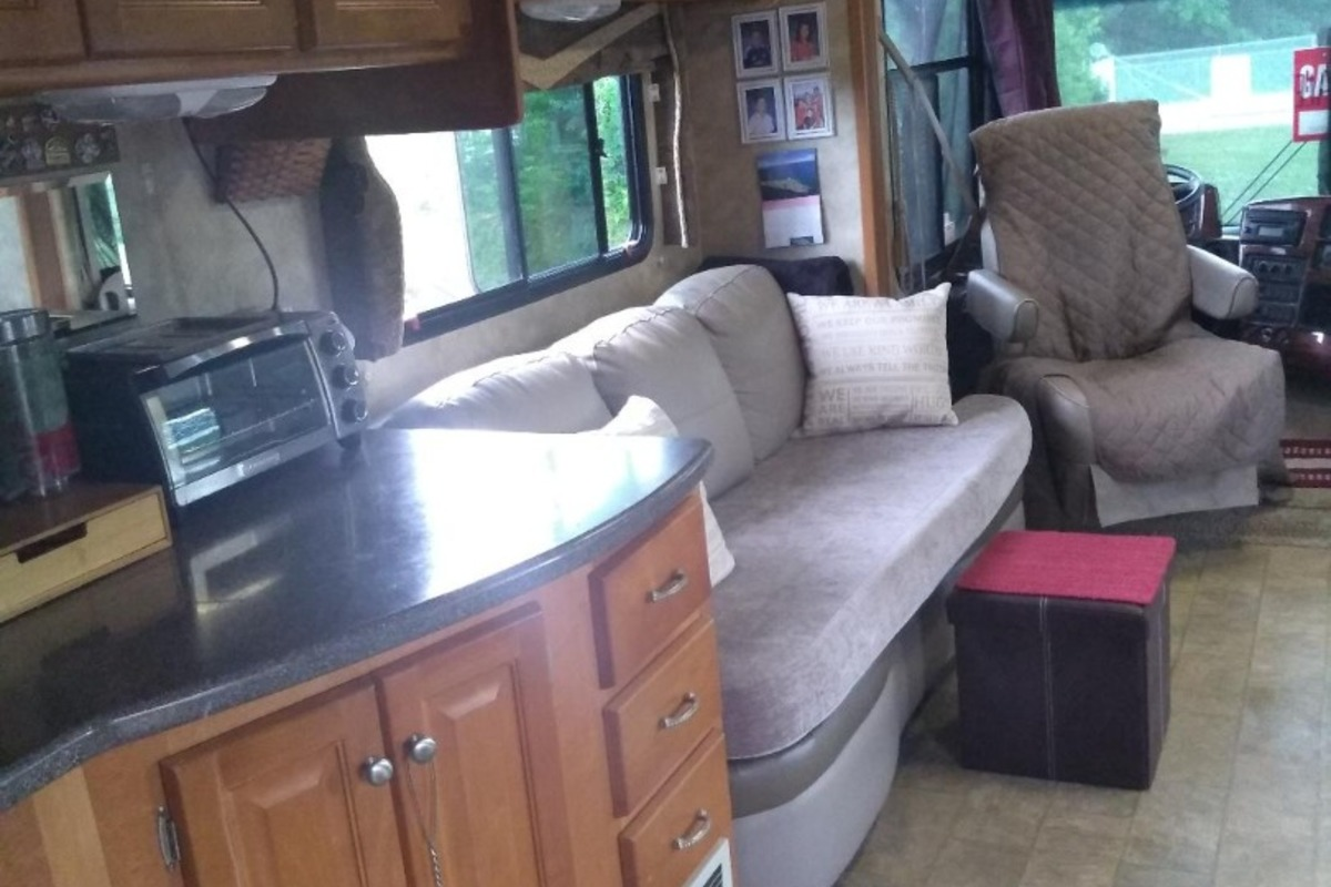 2008 Gulf Stream Independance 83671, 11
