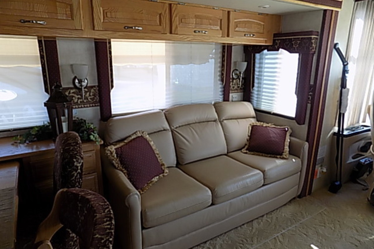 2006 Newmar Kountry Star 3910, 16