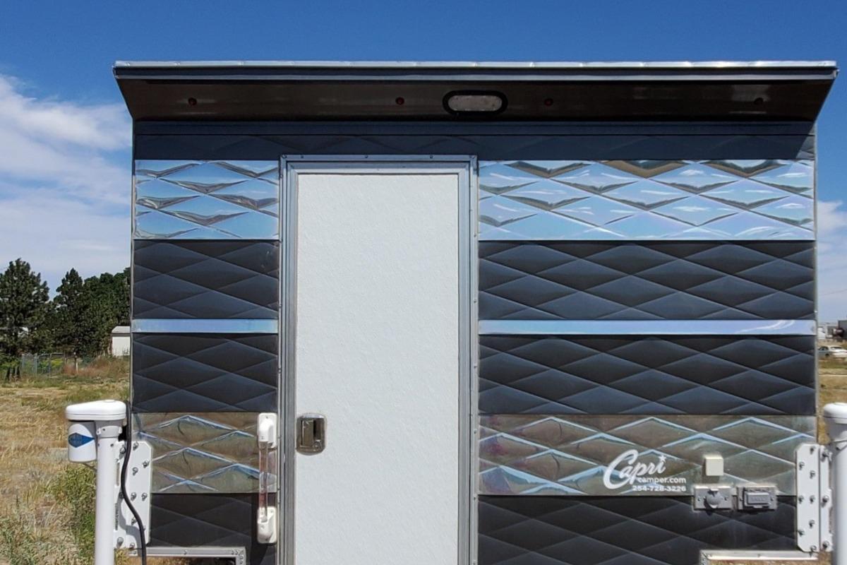 2018 Capri Truck Camper Retreat Package N/A, 3