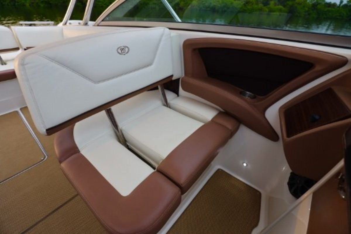 2013 Cobalt Boats 302 w/twin 380 hp Volvos with joystick and hardtop, 11