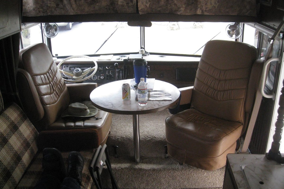 1972 Winnebago Chieftain D22C, 2