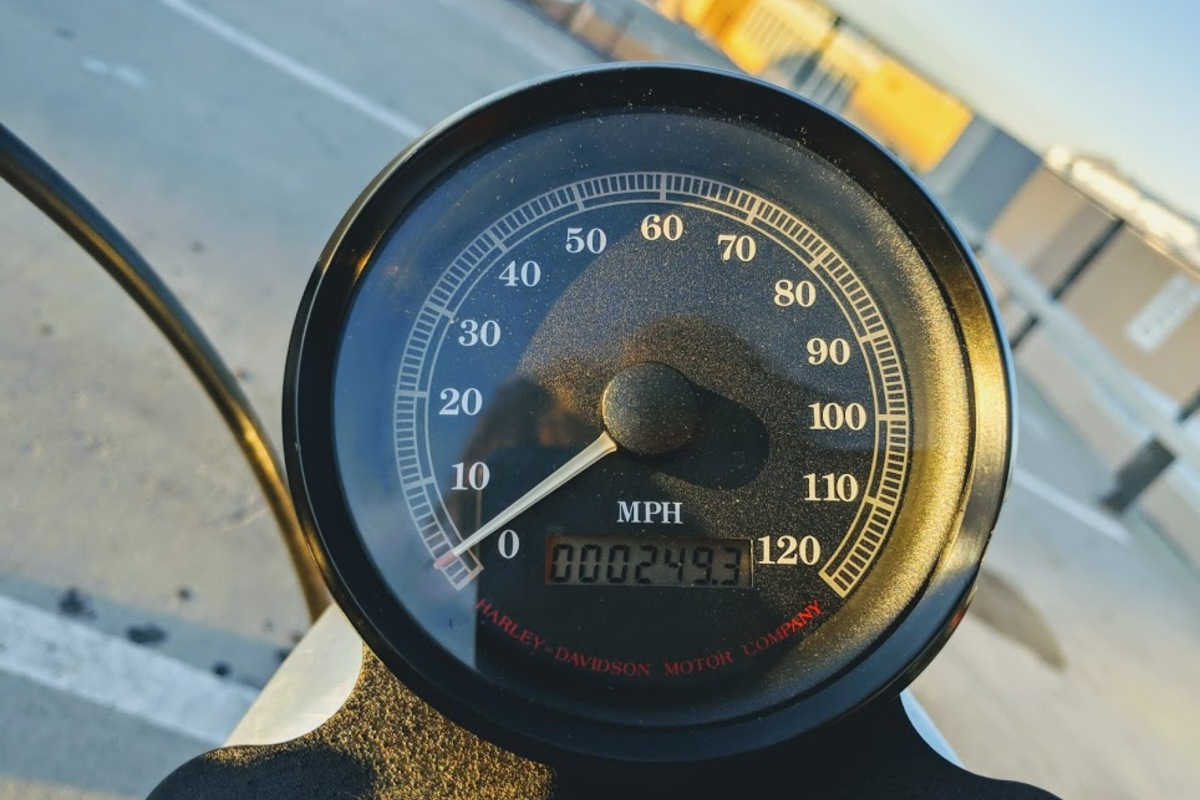1996 Harley-Davidson Sportster 883, 2