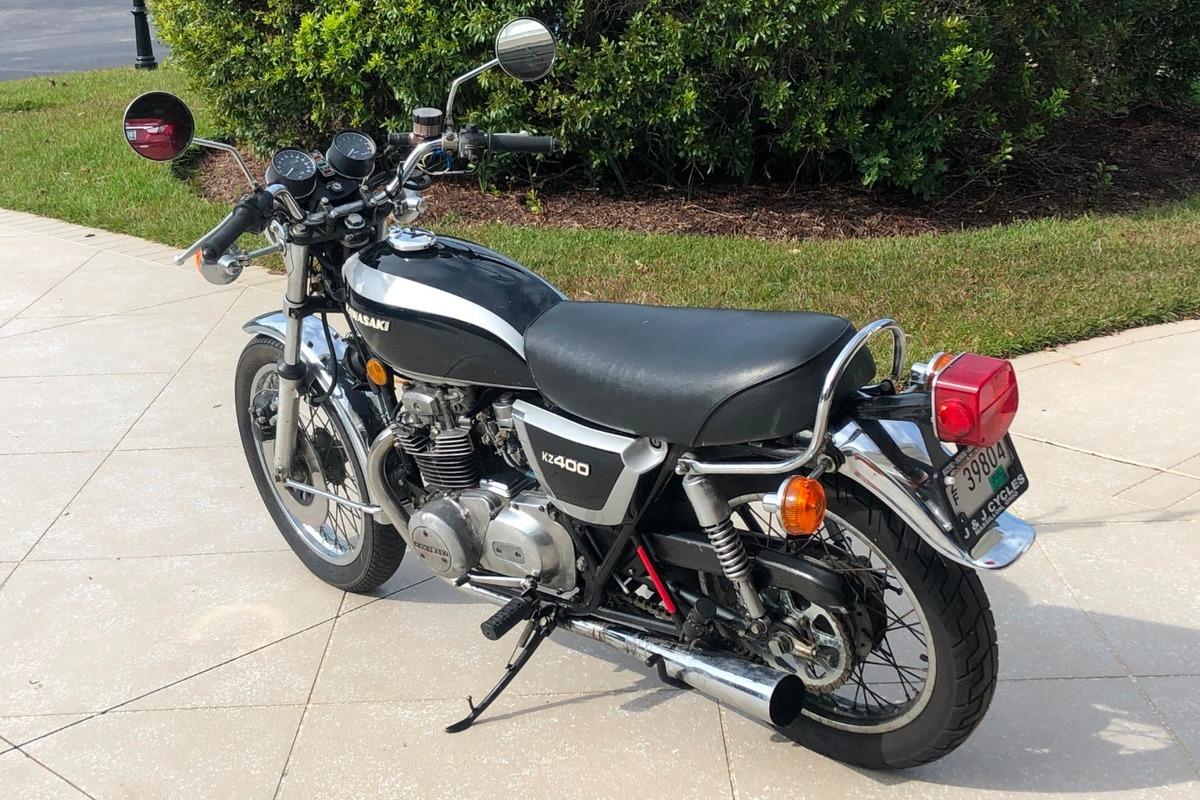 1976 Kawasaki KZ400, 0