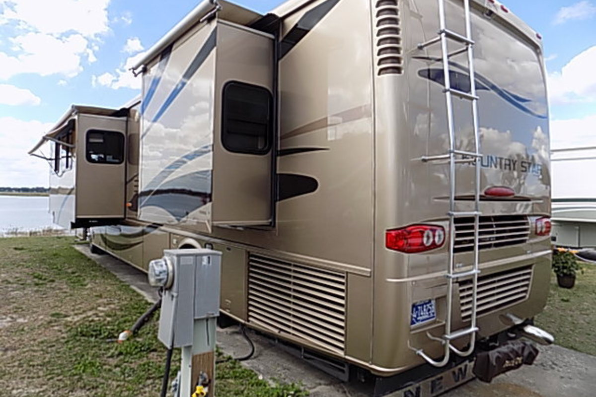 2006 Newmar Kountry Star 3910, 2