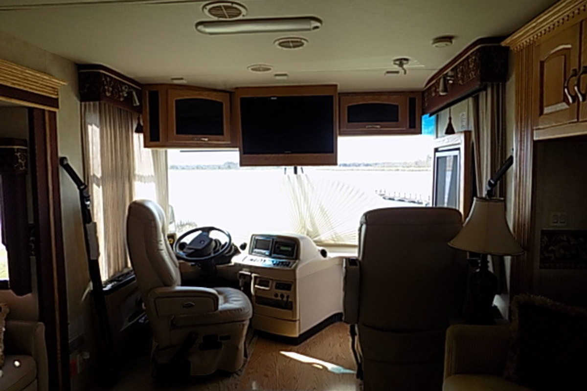 2006 Newmar Kountry Star 3910, 6