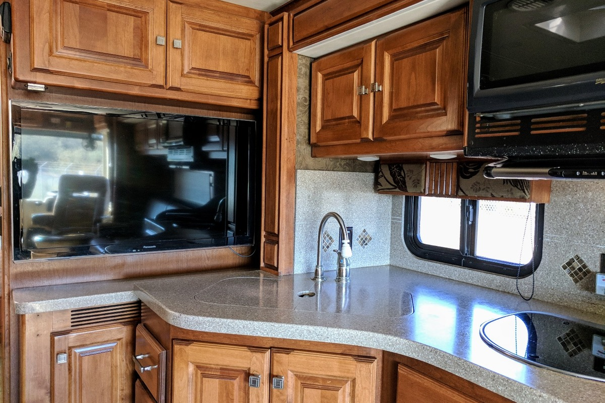 2014 Tiffin Allegro Breeze, 8