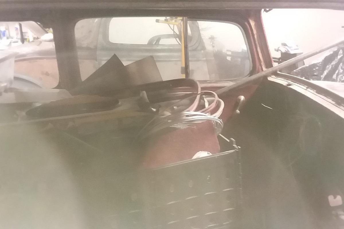 1934 Chevrolet 5 window 2 door, 5