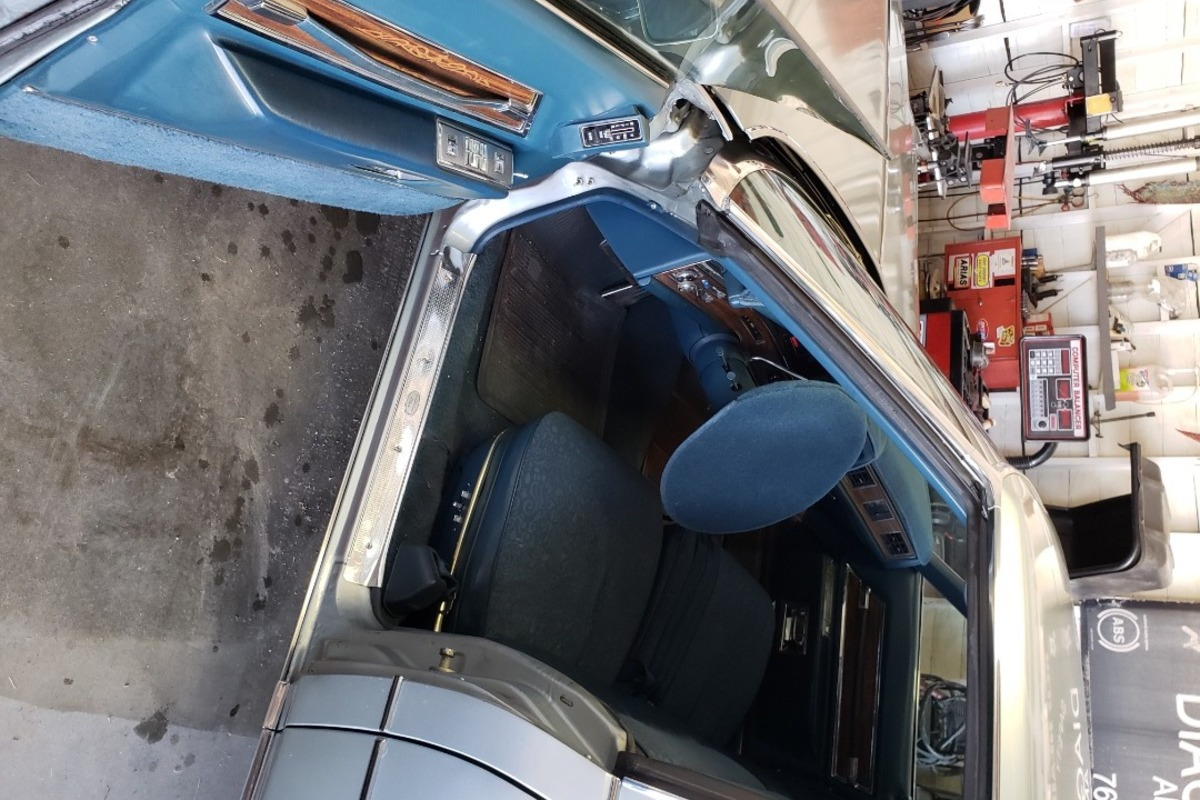 1972 Cadillac Fleetwood Sixty Six Special Brougham, 2