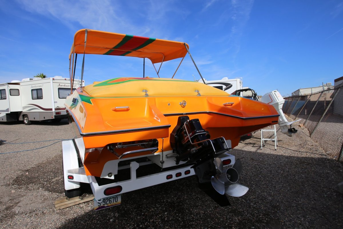 2006 Cheetah Boats Stiletto 24, 23
