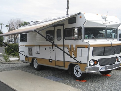 1972 Winnebago Chieftain D22C