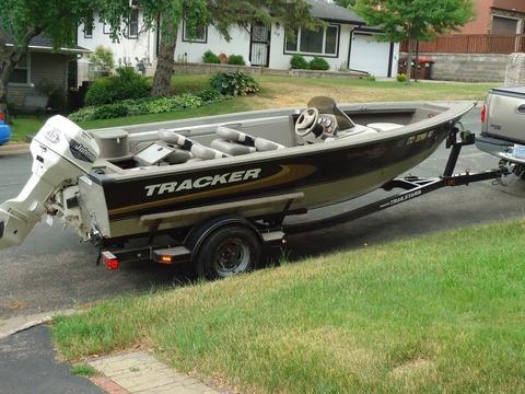 2000 Tracker Targa SC 17