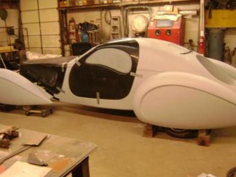 1937 Bugatti replica Type 57s