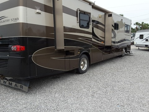 2005 Newmar Kountry star m3910