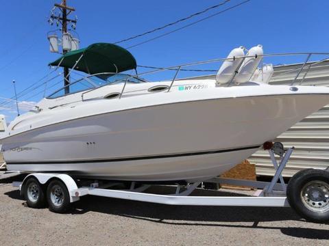 2000 Monterey 245 Cruiser