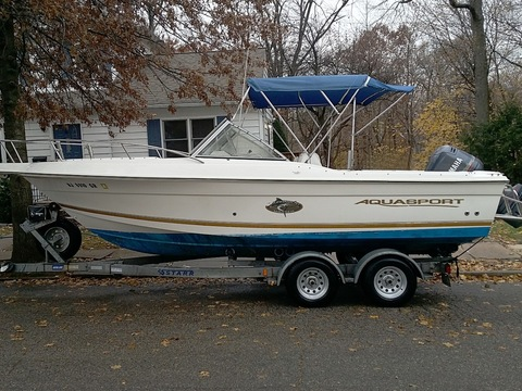2000 Aquasport 215 Osprey Sport