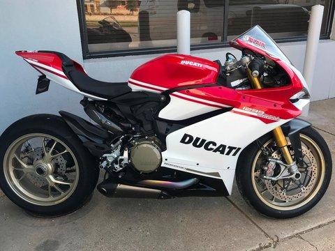 2017 Ducati 1299 S Anniversario