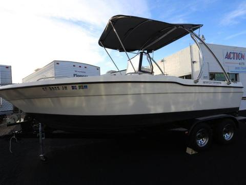 1993 Bayliner 20' Fish and Ski