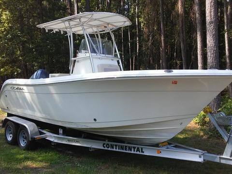 2017 Cobia Boats 220 CC