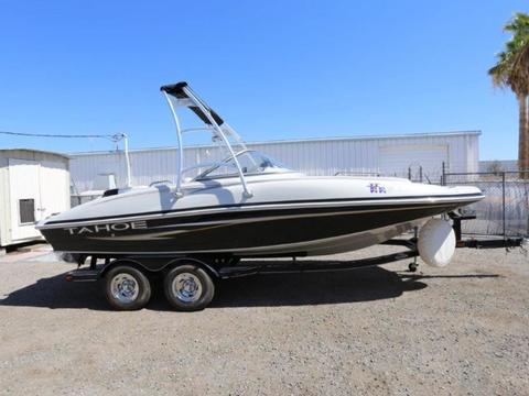 2008 Tracker Tahoe 216 Deck Boat