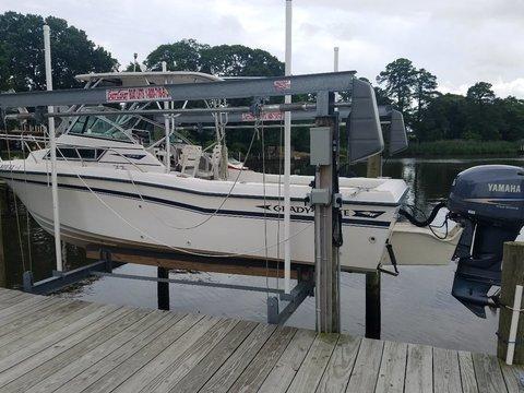 1996 Grady White Seafarer 22