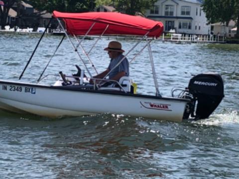 2003 Boston Whaler Sport 130