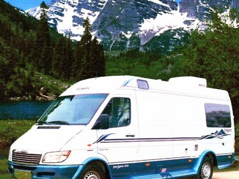 2004 Leisure Travel Free Spirit 210A