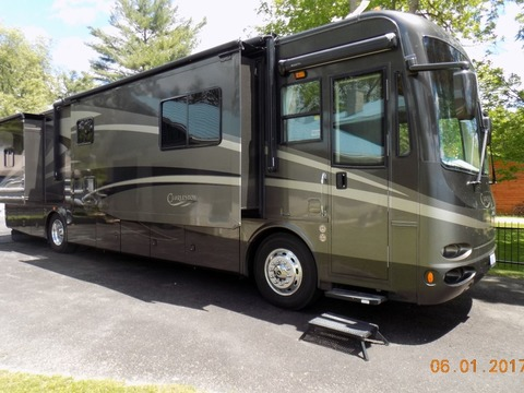 2007 Forest River Charleston 400QS