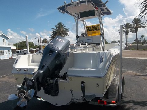 2008 Sailfish 218CC