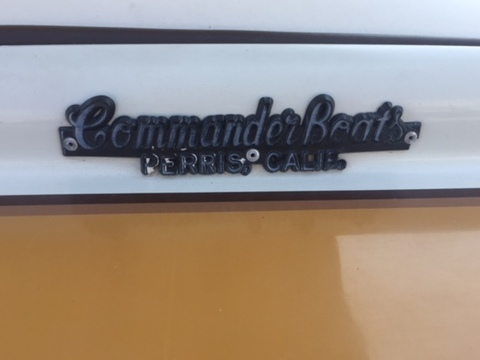 1986 Commander Boats BowRider 16