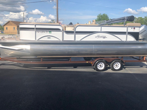 2016 Play Craft Hampton 2485 XLT tritoon