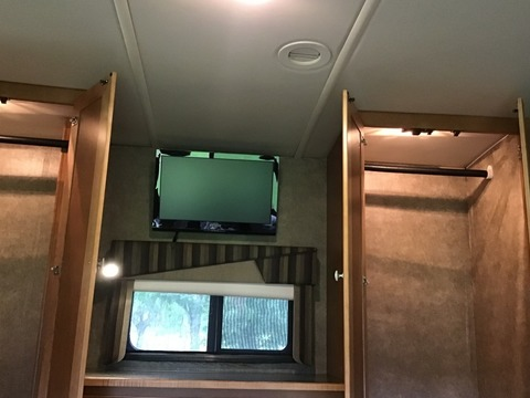 2014 WINNEBAGO ITASCA SUNSTAR 30T