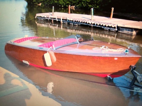 2004 Custom-built Chris Craft Replica 1950 19' Racing Runabout