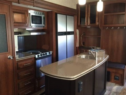 2016 Jayco Eagle 321RSTS 36' 5th Wheel