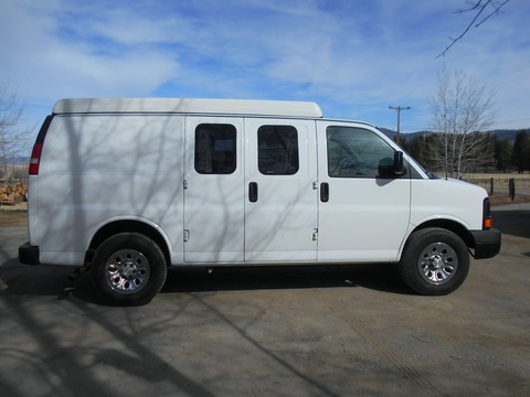 2010 chevy express A W D 1500