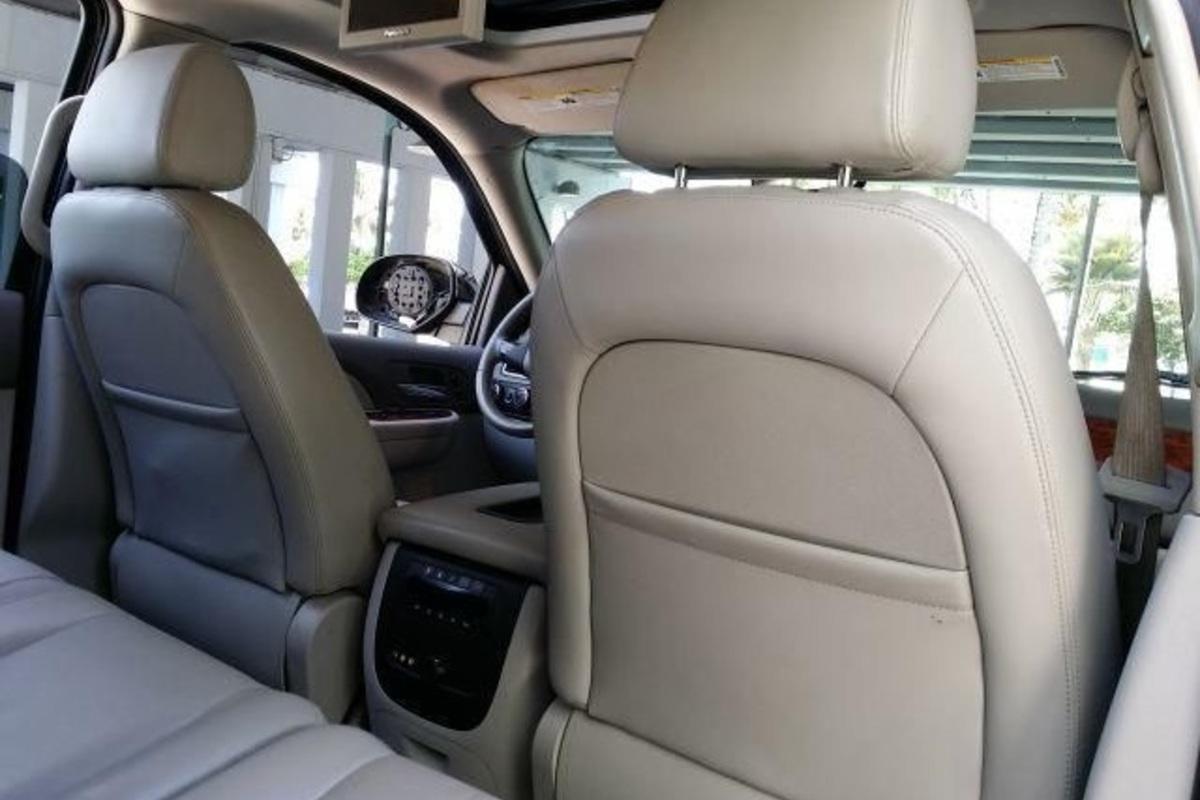 2008 Chevrolet Tahoe Hybrid Sport Utility 4-Door, 7