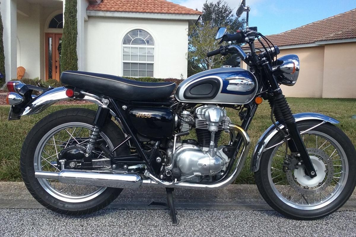 2000 Kawasaki W650, 1