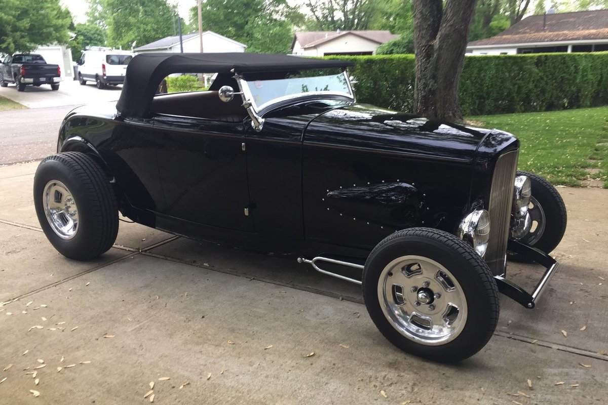 1932 Ford Roadster, 0