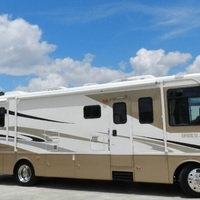 2005 Holiday Rambler Admiral 33PBD, 2