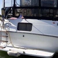 1989 Carver Yachts 3807 Aft Cabin, 1