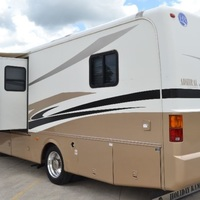 2005 Holiday Rambler Admiral 33PBD, 5