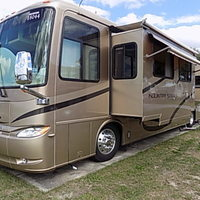 2006 Newmar Kountry Star 3910, 1