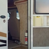 2011 Winnebago Chalet 31CR, 20