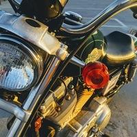 1996 Harley-Davidson Sportster 883, 3