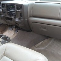 2000 Ford Excursion, 3