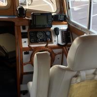 1989 Clipper Craft Pilot House Dory, 8